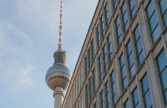 Tour sull' architettura moderna e contemporanea a Berlino: visita guidata in italiano delle migliori architetture di Berlino