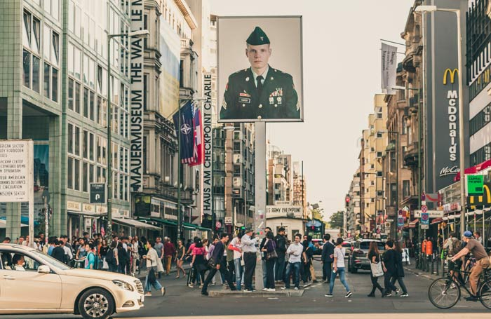 Il Checkpoint Charlie a Berlino