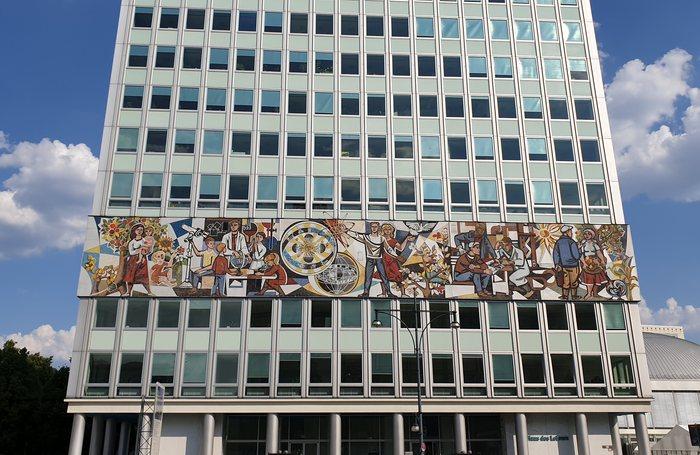 Haus des Lehrers à Berlin alexanderplatz