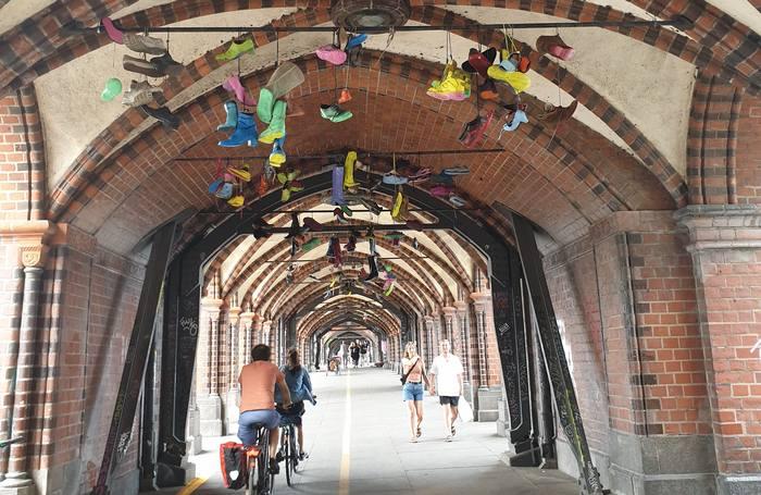 Street Art sous le pont de l'Oberbaumbrücke à Kreuzberg