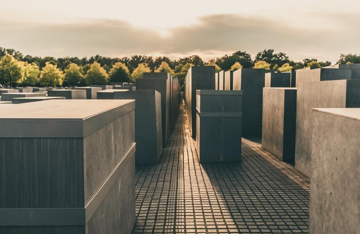 Gravit� et silence dans le m�morial de Berlin