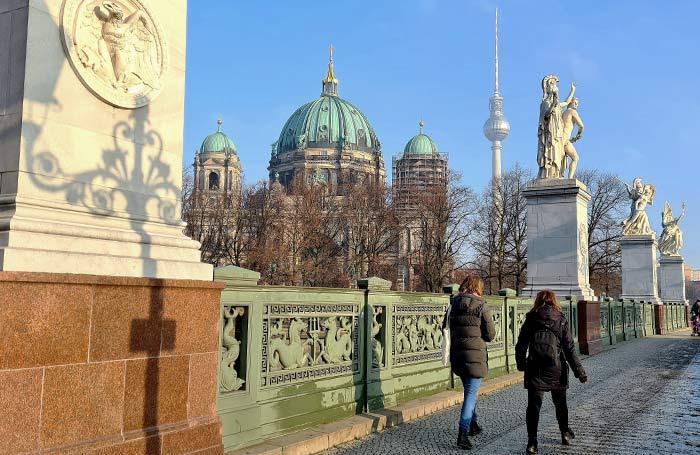 El comienzo de la avenida Unter den Linden.